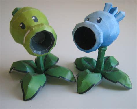 plants vs zombies paper crafts paper vs zombies a site about pvz paper craft page 3