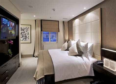 best hotel room layout hotel bedroom design