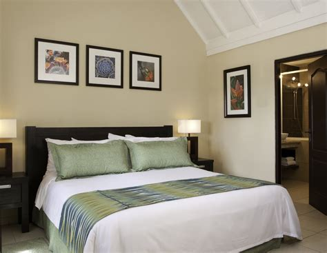 bedroom suite or suit amsterdam manor cheap vacations packages red tag vacations