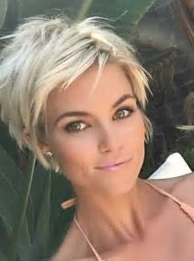 femail hair styles seen from 30 hottest pixie haircuts 2017 classic to edgy pixie
