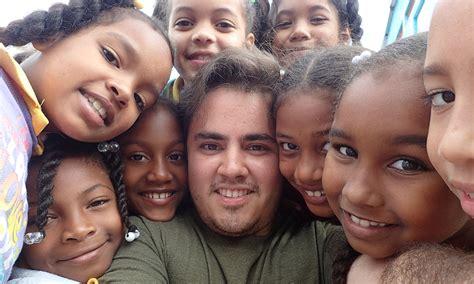 engineering students travel  dominican school  build