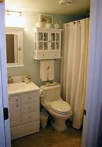 Ideas To Decorate A Small Bathroom Small Bathroom Bathroom Bathroom Decor Ideas For Small
