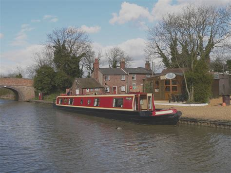 canal boat ashby boats canal boat holiday hire company in warwickshire