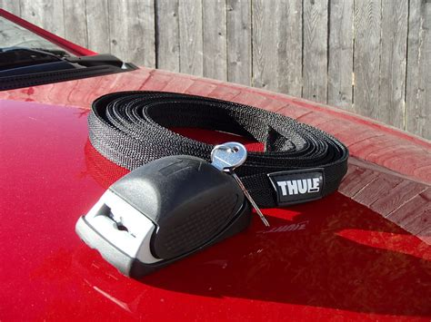 How To Lock A Kayak To A Roof Rack by Thule Locking Straps Review Kayak Dave S