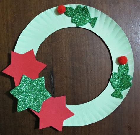 a paper plate tree wreath thriftyfun