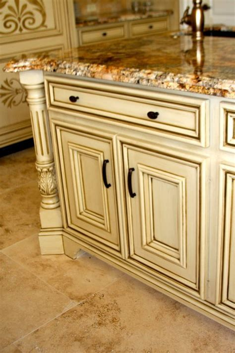 cream kitchen cabinets with glaze glazed cream cabinets glazedcabinets afabulousfinish