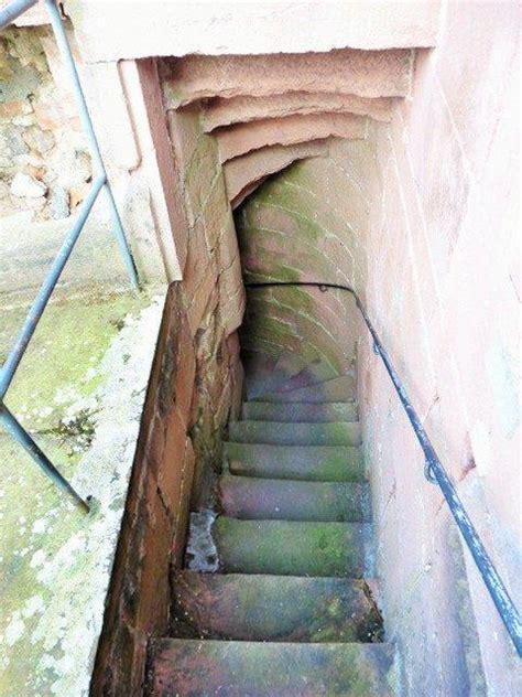 treppenaufgang geländer romanik 1020 1250 treppenforschung