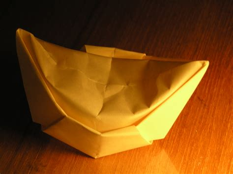 Origami China - unfolding the golden nuggets of early paper