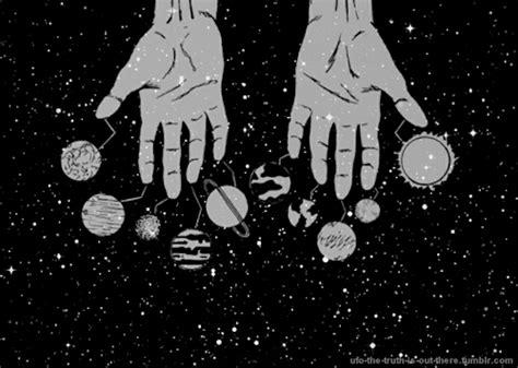 Monocrmoe Outer Ii space gif