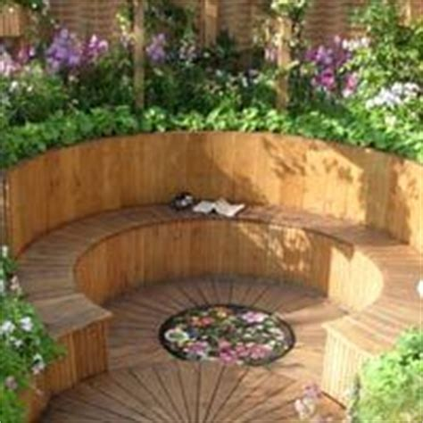 raised garden bed with bench seating curved raised bed with built in bench garden design raised beds pinterest