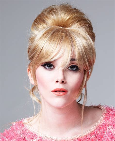 Bacomain Hair Style Pics | a long blonde hairstyle from the circles of fashion