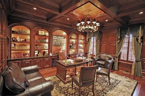 beautiful  fashioned office