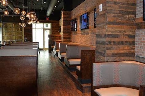 Restaurant Flooring: The Loop Bar   Restaurant