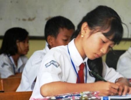 Mahir Berbahasa Indonesia Kls 3 Smp soal uas bahasa inggris semester kelas 1 6 lengkap