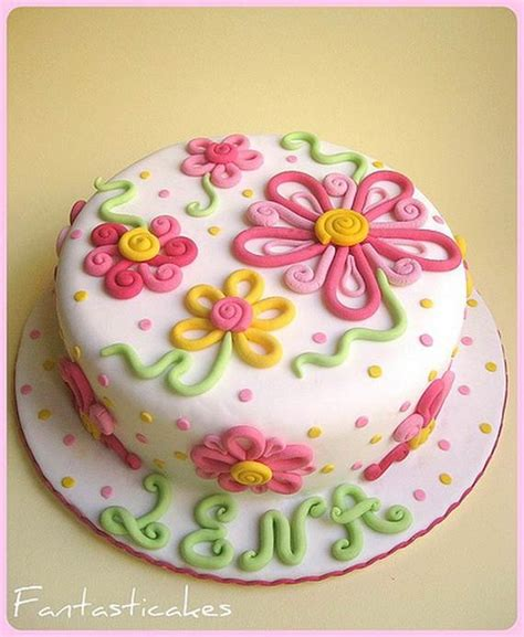 Decorated Cake Ideas by Cake Decorating On Buttercream Ruffles