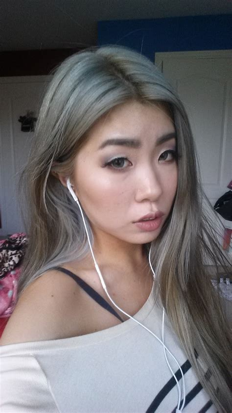 japanesse women with grey hair silver grey hair asian