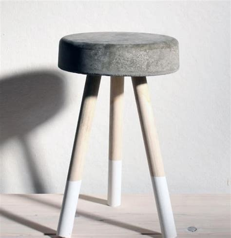 Concrete Stool Diy diy a concrete stool for five dollars by