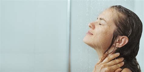 Taking Shower by Cold Showers Vs Showers The Health Benefits Of Both