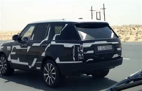 land rover dubai 2013 range rover scooped in dubai uk autoevolution