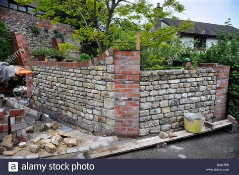 Reclaimed Brick Garden Walls Building A Garden Wall With Cotswold And Cement
