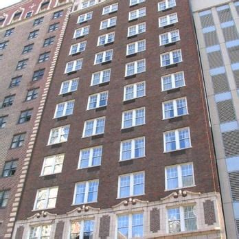 comfort inn chicago il downtown comfort inn chicago closed 18 reviews hotels 15 e