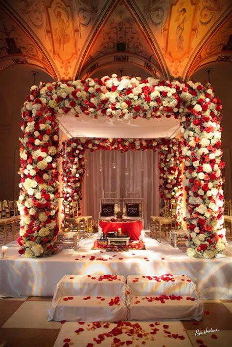 Best 25  Wedding mandap ideas on Pinterest   Outdoor