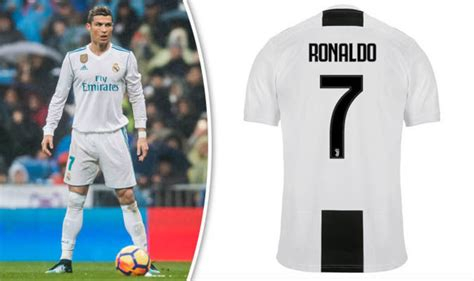 ronaldo juventus sleeve shirt cristiano ronaldo juventus squad number which shirts are available football sport