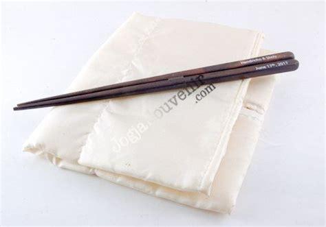 Sumpit Kayu Panjang sumpit kayu souvenir pernikahan khas cina jogjasouvenir souvenir jogja souvenir