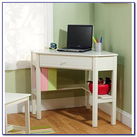 Corner Desks For Small Spaces Small Desks For Small Spaces Corner Desk Home Design