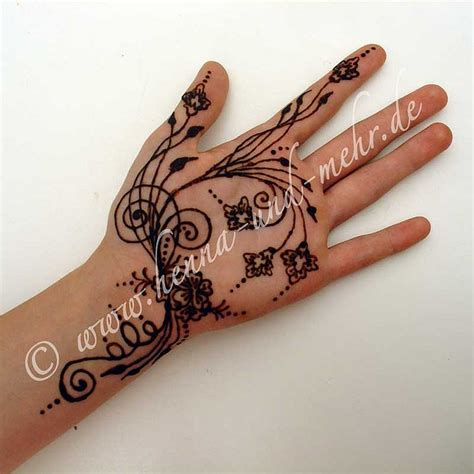 henna tattoo qatar naksh or mehndi i did at the qatar german open henna