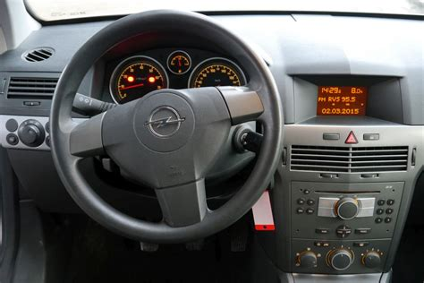 opel astra 2004 interior opel astra h 1 6i basis 2005 4 fix 187 vanzari