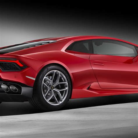 Rear Wheel Drive Lamborghini by Lamborghini Huracan Gets Rear Wheel Drive For Your