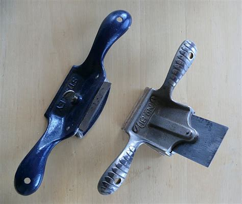 Scrapers Razors Knives