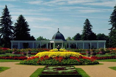Niagara Falls Botanical Gardens Niagara Park Botanical Gardens Niagara Falls Ontario Places Near Me Pinterest Niagara