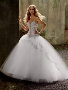 princess looking wedding dresses wedding dress princess style world dresses
