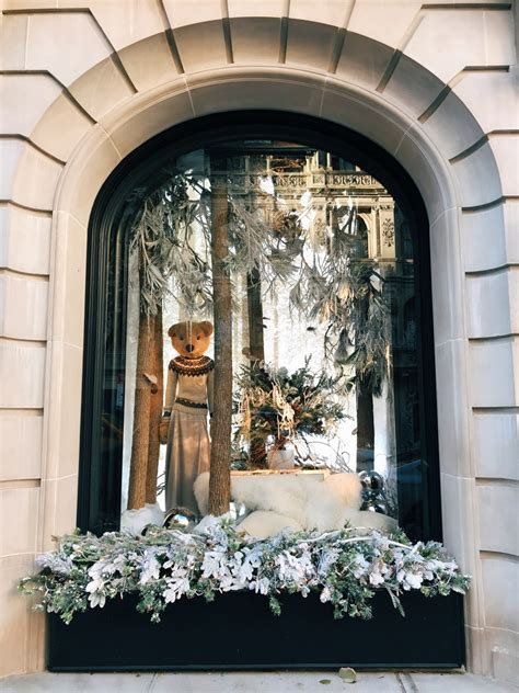 ralph lauren mansion holiday windows decor