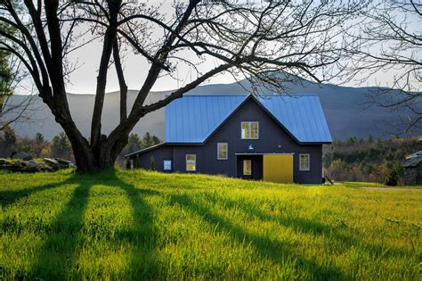 modern vermont farmhouse modern home  lincoln vermont