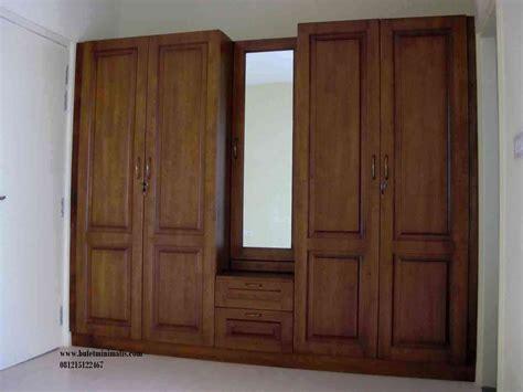 Lemari Pakaian Jepara 4 Pintu lemari pakaian 4 pintu byson toko mebel jepara
