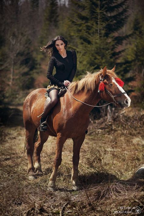 commercial girl riding horse 17 best images about для фотосессии on pinterest