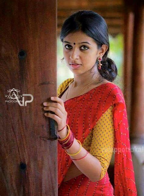 trisha hair in vtv nice contrast saree with a touch of love pinterest