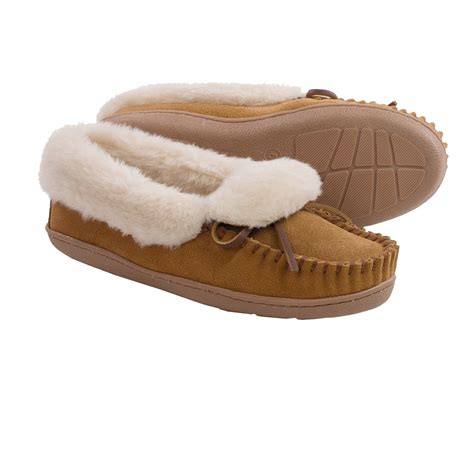 womans slippers minnetonka tracy folded trapper slippers for 9390n