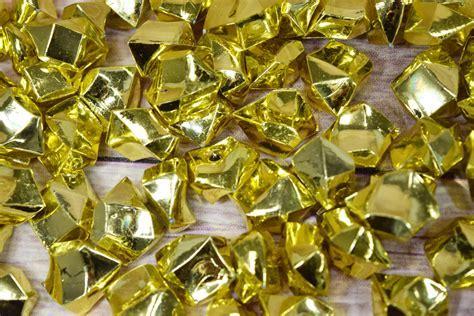 Gold Colored Gemstones Acrylic Crystal Wedding Table