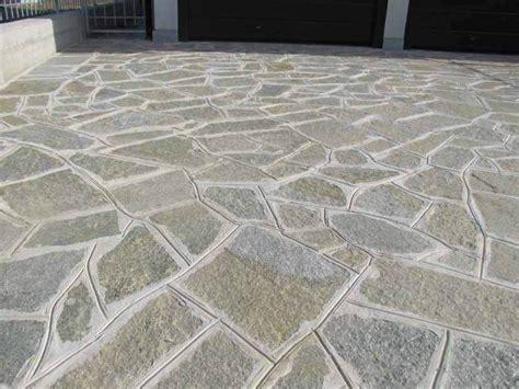 pavimenti esterni in pietra pavimento per esterni in pietra naturale pietra di luserna