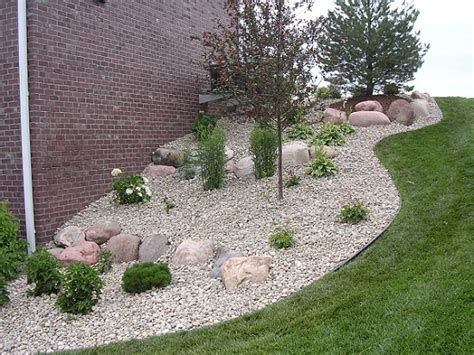 River Rock Landscaping Pictures Landscape Edging With River Rock Search