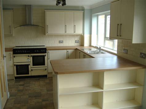 bridgend kitchen suppliers bridgend kitchen fitters les s carpentry 100 feedback kitchen fitter in bridgend