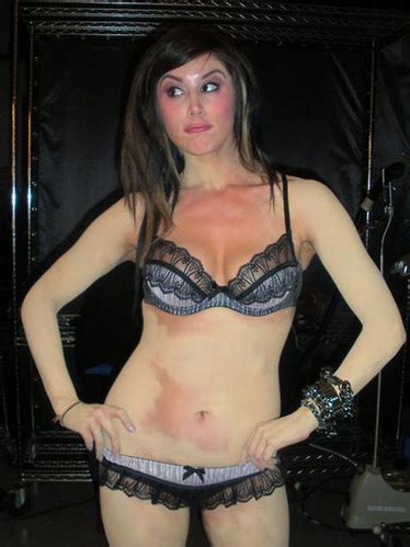 kat von d without tattoos http yeeeah 2009 08 14 d without tattoos for