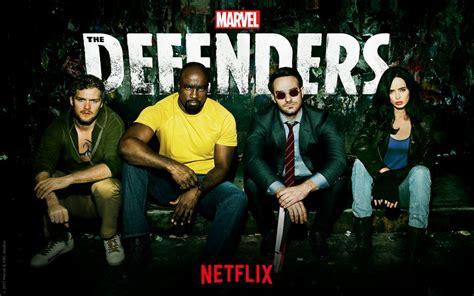 rekomendasi film dvd the defenders review a textbook marvel netflix original