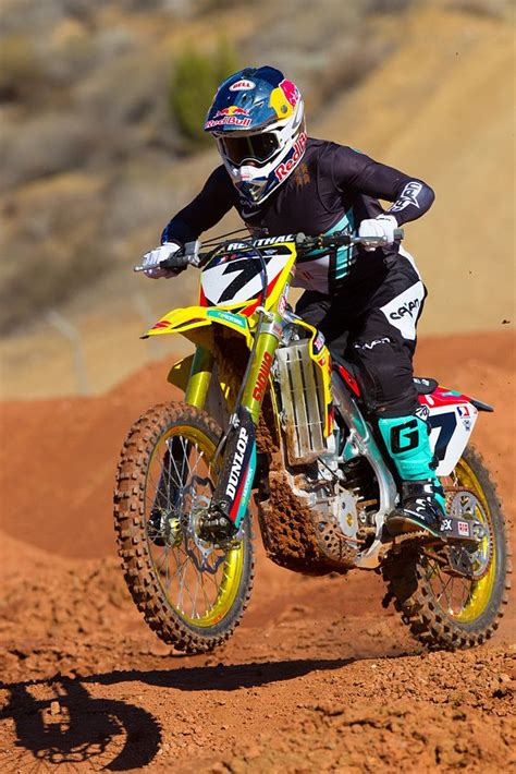 suzuki motocross gear stewart 2014 yoshimura suzuki motocross pictures