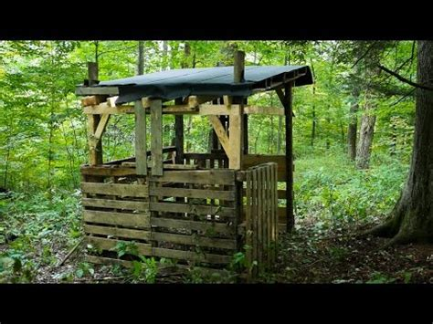How To Build A Deer Blind Cheap Building A Shipping Pallet Hunting Blind Part 2 Youtube