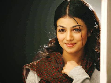 wallpaper cute actress cute indian actress images and wallpapers latest